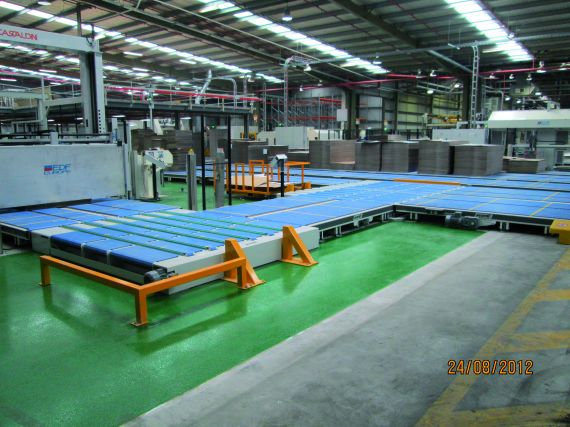 Several corners in a materials handling system that utilise plastic bidirectional conveyors