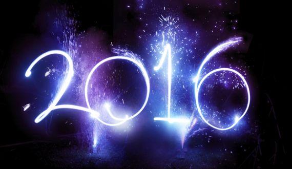 2016 written in sparklers
